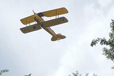 Beaufort Biplane Tours