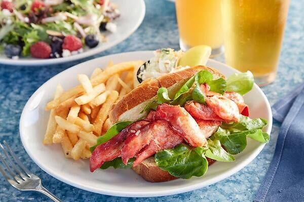 Poseidon Seafood HHI